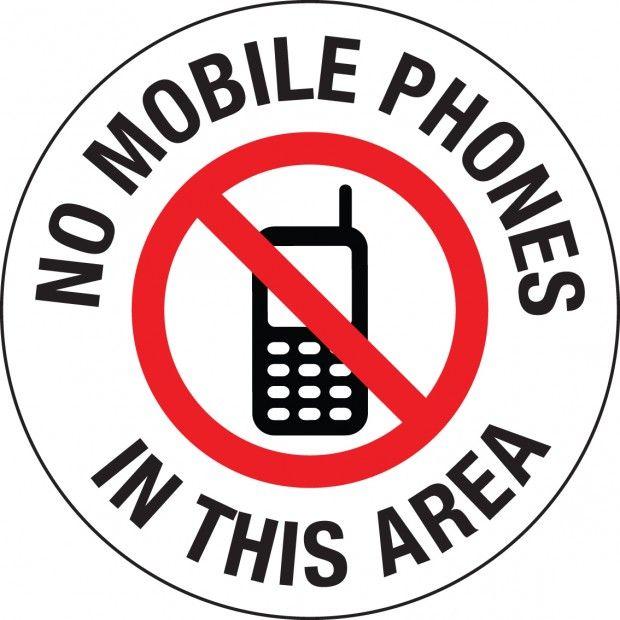 В Туркменистане ввоз мобильников запрещен