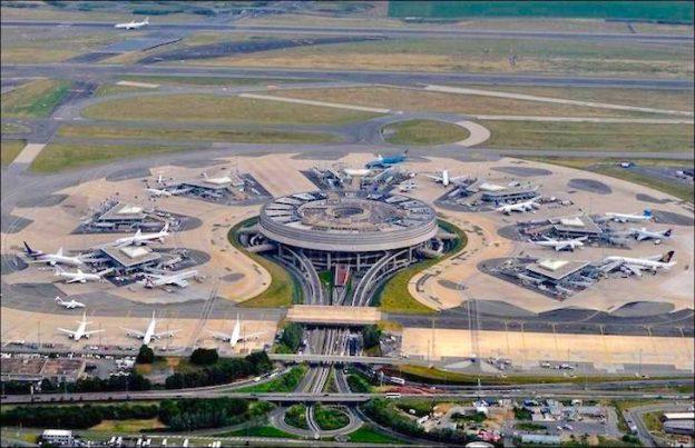Самолет Туркменистана задержан в Париже