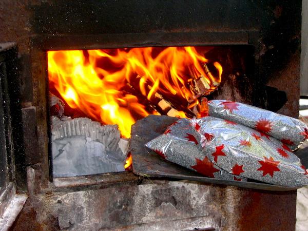 в Туркменистане сожгли наркотики